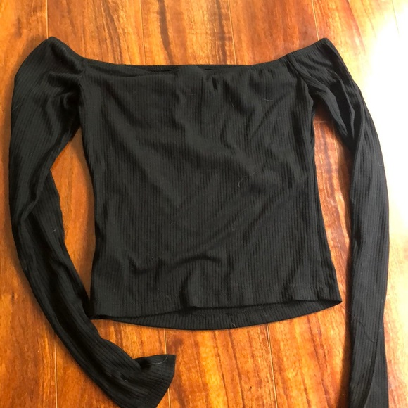 Mossimo Supply Co. Tops - Cropped off the shoulder robbed top